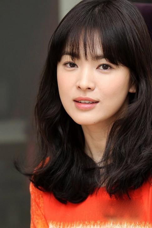 Dân công sở ao ước phẫu thuật giống Song Hye Kyo
