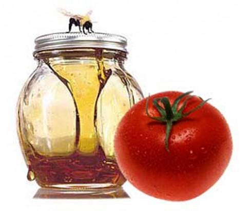 Đẹp mĩ mãn với 6 mẹo hay từ cà chua
