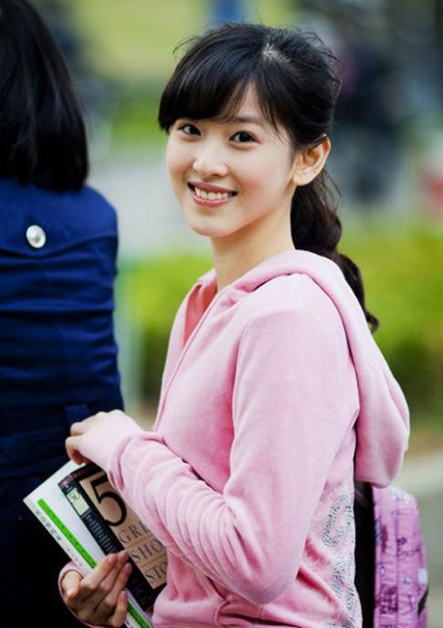 Em chồng Hà Tăng: 1 trong 6 ái nữ xinh đẹp