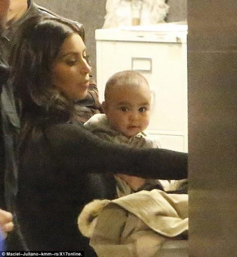 """Eva """"soi"""" 14/2: Ảnh mới của con gái Kim Kardashian"""