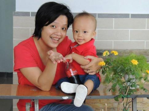 Gặp bà mẹ viết nhật ký 661 ngày cho con bú