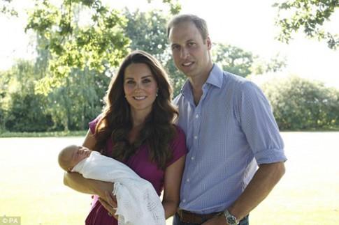 Gia đình Hoàng tử Anh chuyển về nhà mới