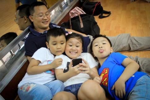 Hậu trường ĐRM: Nhật Minh 'tỏ tình' Khánh Ngọc