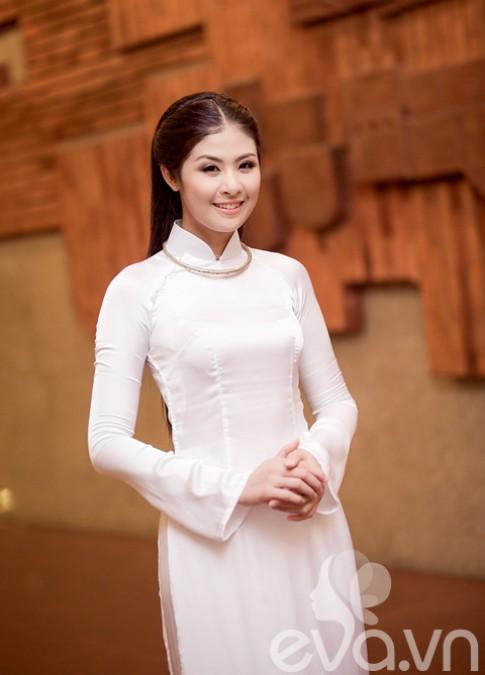 HH Ngọc Hân - cô gái Việt truyền thống