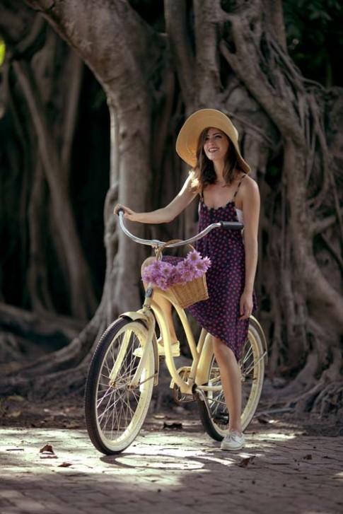 Hi Eva: Xe đạp, thời trang và phụ nữ