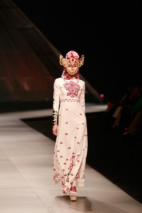 Hoàng Thuỳ bí ẩn, ma mị trong thiết kế từ Thái Lan