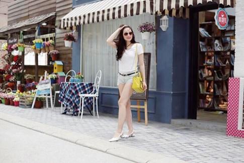 """Hot mom Hà Nội và cô con gái 17 tháng có style cực """"chất"""""""