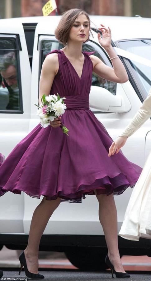 Khảo giá váy phù dâu cho mùa uyên ương làm tổ