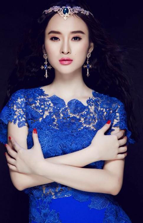 Khen chê quanh thời trang tóc của Angela Phương Trinh