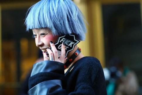 Khi điện thoại trở thành phụ kiện thời trang sành điệu