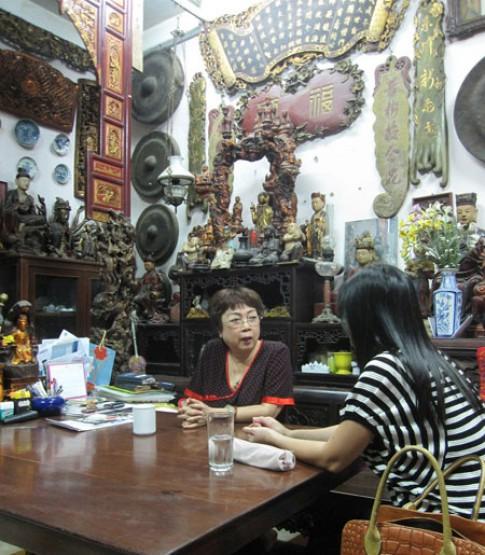 Kho tàng đồ cổ của con gái nhà văn Kim Lân