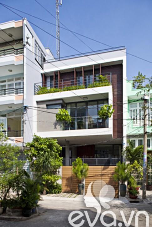 Khoe nhà: Nhà phố Sài Gòn, kiêu sa đón nắng