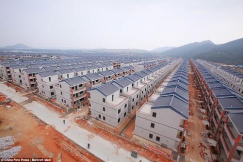Khu đô thị mới xây như... nhà tù