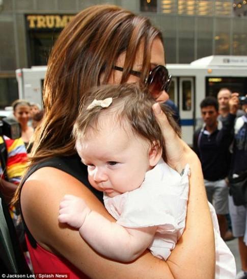 Kiểu tóc tuyệt xinh của con gái Beckham
