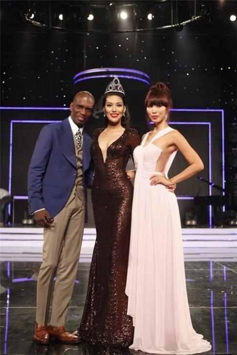 Lan Khuê bất ngờ từ chối dự thi Hoa hậu Hòa bình Thế giới 2016