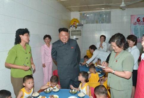 Lộ ảnh trường mẫu giáo ở Triều Tiên