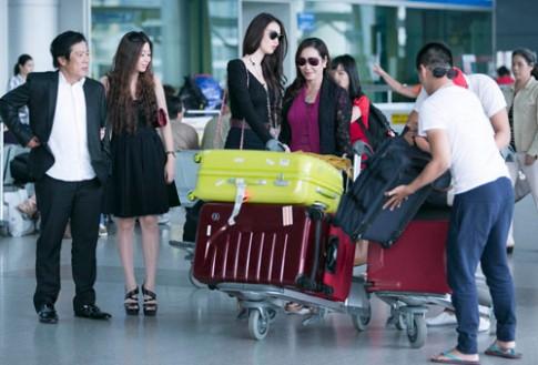 Lộ diện mẹ và chị gái xinh đẹp của Khánh My