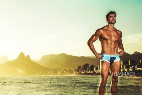 Lucas Gil khoe hình thể cực đẹp cùng underwear