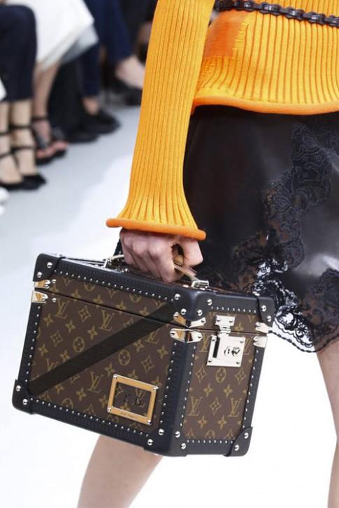 """Mê đắm túi xách tới từ """"thánh đường"""" thời trang"""