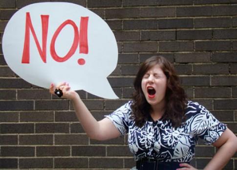 "Muốn con nghe lời, chớ dại nói ""Không""!"