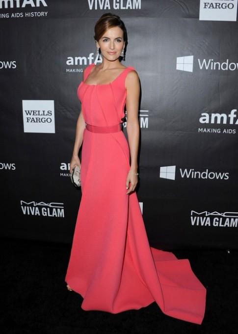 Mỹ nhân Hollywood xúng xính váy áo trên thảm đỏ