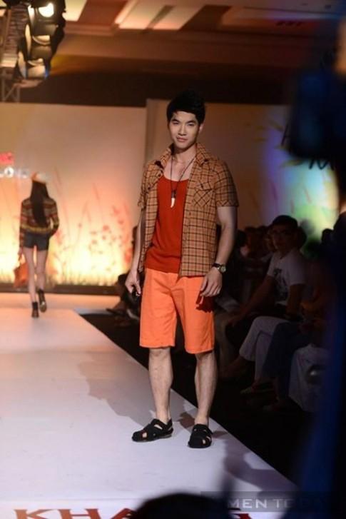 Nam Thành nổi bật trong trang phục hè của f.house