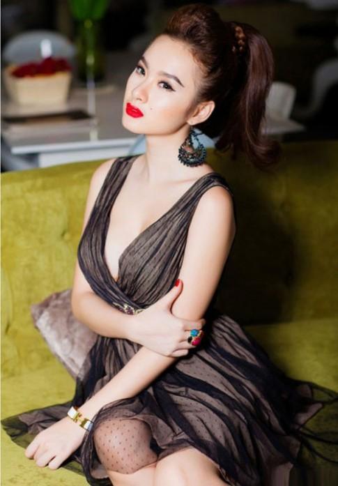 """Nhan sắc 9x """"khuynh đảo"""" showbiz Việt"""