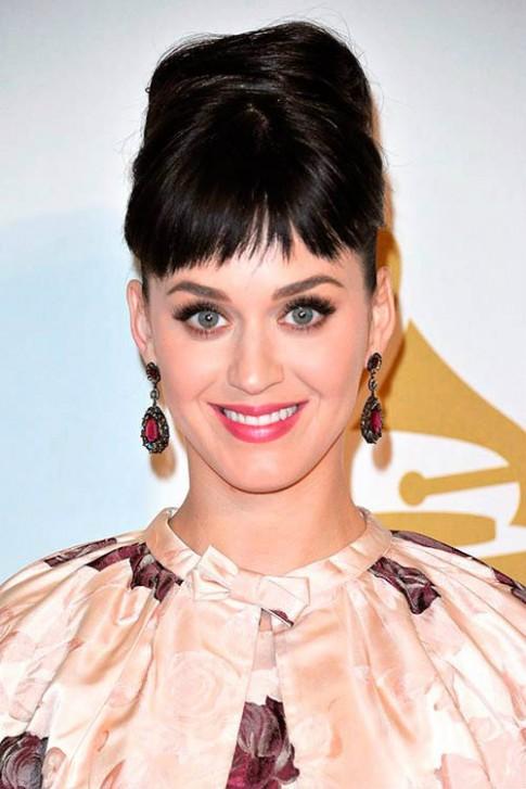 Những kiểu tóc của sao Hollywood: cổ điển mà hiện đại