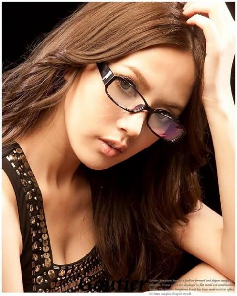 Những kiểu tóc đẹp cho cô nàng đeo kính