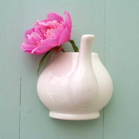 Những lọ hoa đẹp giá rẻ cho ngày đầu năm (tiếp)