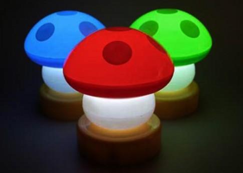 Những mẫu đèn bàn sáng tạo