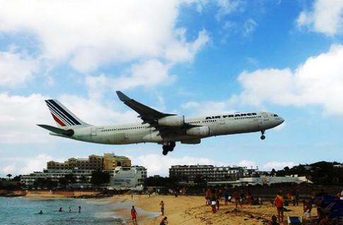Những sân bay khác thường trên thế giới