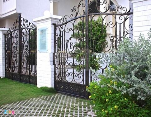 Nội thất xa hoa trong biệt thự của Đăng Khôi