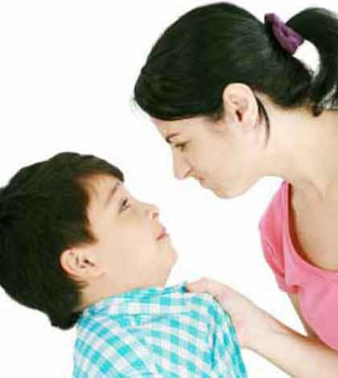 Nói với con: 8 câu PHẢI 'uốn lưỡi 7 lần'