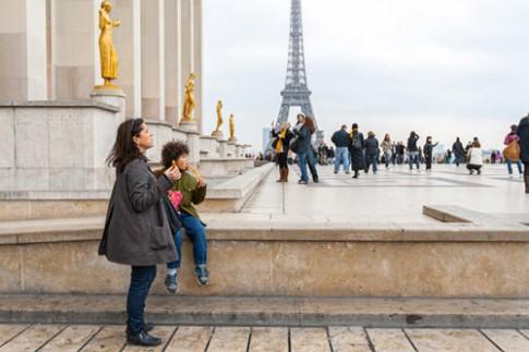 Nuôi con nhàn như một bà mẹ Paris