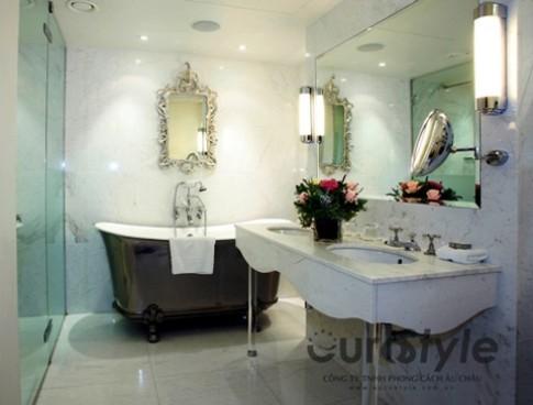 Phòng tắm màu trắng đa phong cách