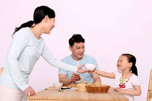 Phục cách mẹ Mỹ dạy con lòng biết ơn
