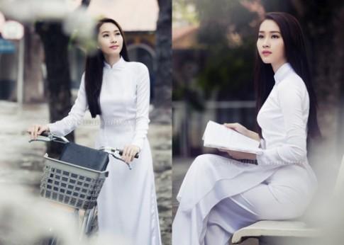 Sao Việt 'biến hóa' muôn kiểu cùng áo dài trắng