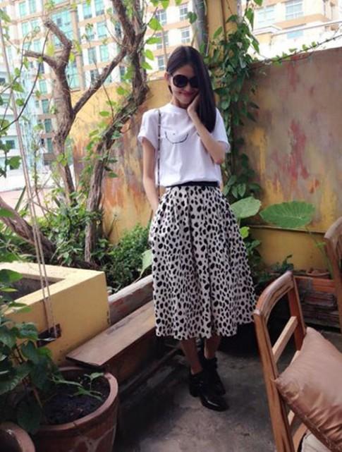 """Style nhí nhảnh của """"Kate Moss phiên bản Việt"""""""