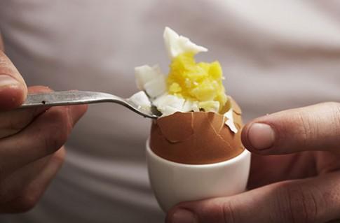 Sự thật 'ngã ngửa' về những món trứng mẹ hay cho con ăn