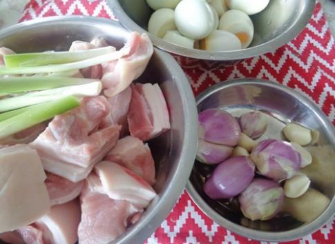 Tết miền Nam hấp dẫn với thịt kho hột vịt