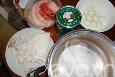 Thịt kho dừa ngon cơm