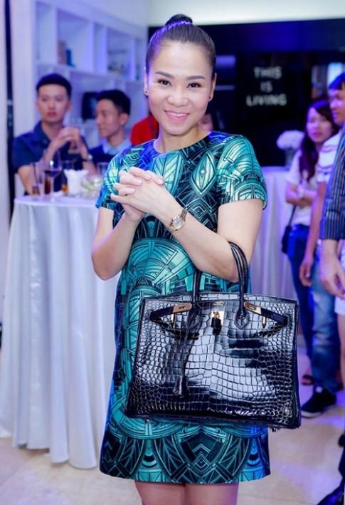 Thời trang bầu bí sành điệu hơn người của Thu Minh