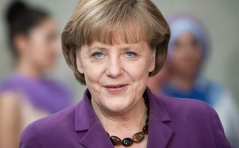 Thủ tướng Đức và kiểu tóc 23 năm không đổi