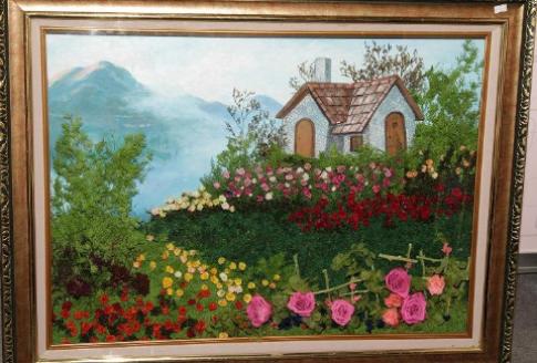 Tranh hoa tuơi tạo nét độc đáo cho không gian sống
