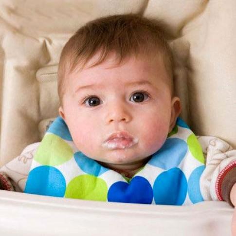 Trẻ biếng ăn: Tất cả là tại mẹ!
