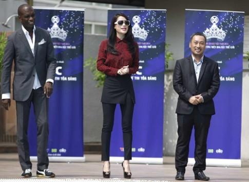 Trương Ngọc Ánh nhắc nhở thí sinh Hoa hậu vô duyên