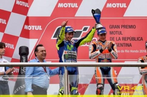 Valentino Rossi về nhì với 7 giây 679 nhiều hơn Marquez