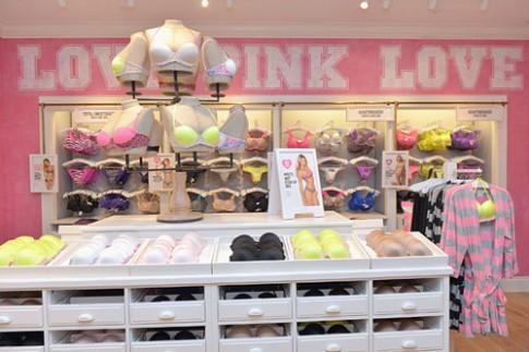 Victoria's Secret bị tố cáo bán đồ lót đã qua sử dụng