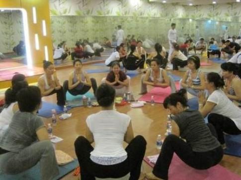 Xác lập kỉ lục thế giới Bài tập Yoga có thời gian dài nhất